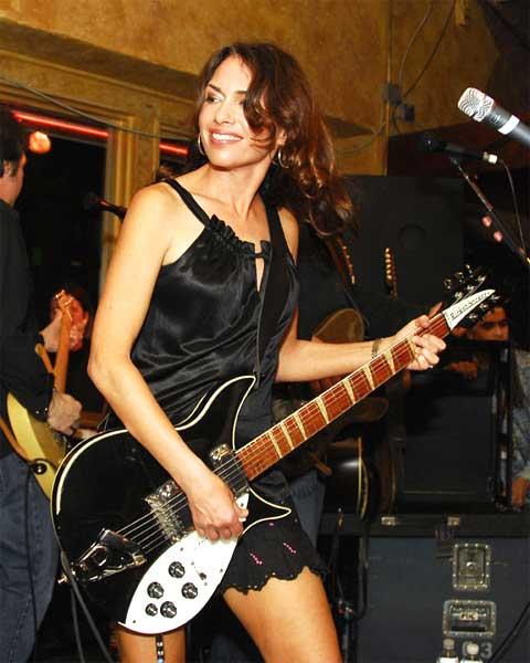 Susanna Hoff performing on stage